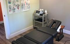 dr. mark wensley chiropractic office treating room